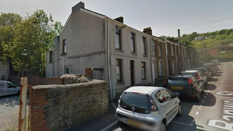 House with only two rooms going to auction for the bargain price of just £1